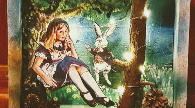 Alice in Wonderland Vintage Art Nightlight